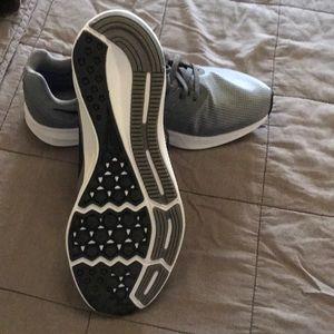 Nike Shoes - Nike Downshifter 7 Tunning shoes